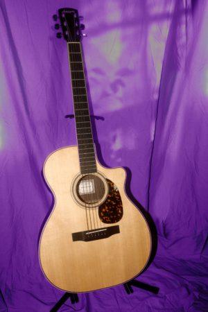 Larrivee OMV-03Re Orchestra Recording Series guitar